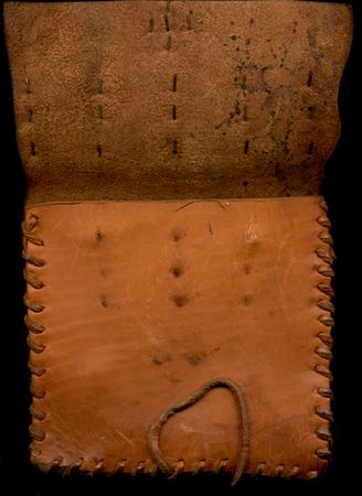 ironhand-purse-ml-015.jpg